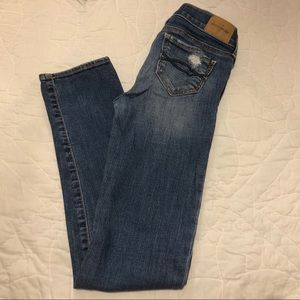 abercrombie distressed denim jeans
